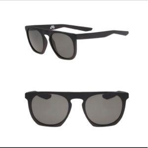 Nike unisex 52mm flat top sunglasses w/ case NWT